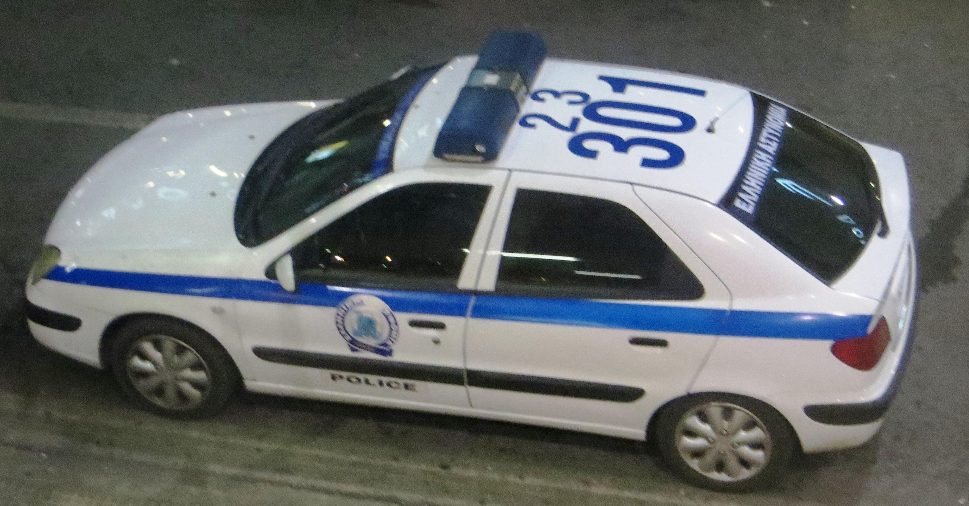Police_car_in_Greece